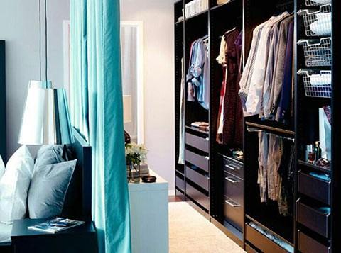 walk-in-wardrobe-curtain-divider