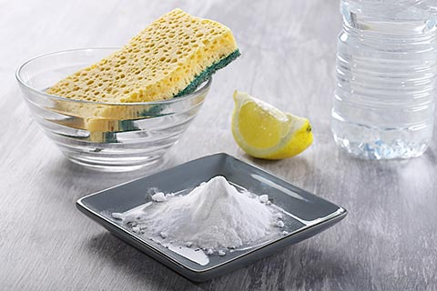 cleaning-with-baking-soda