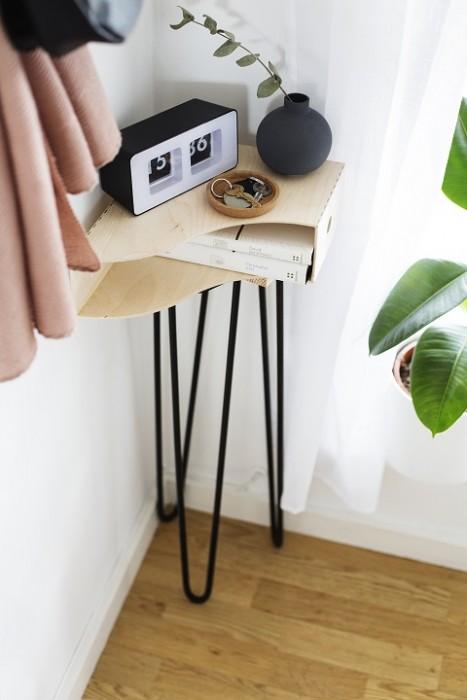 DIY hallway storage table 3