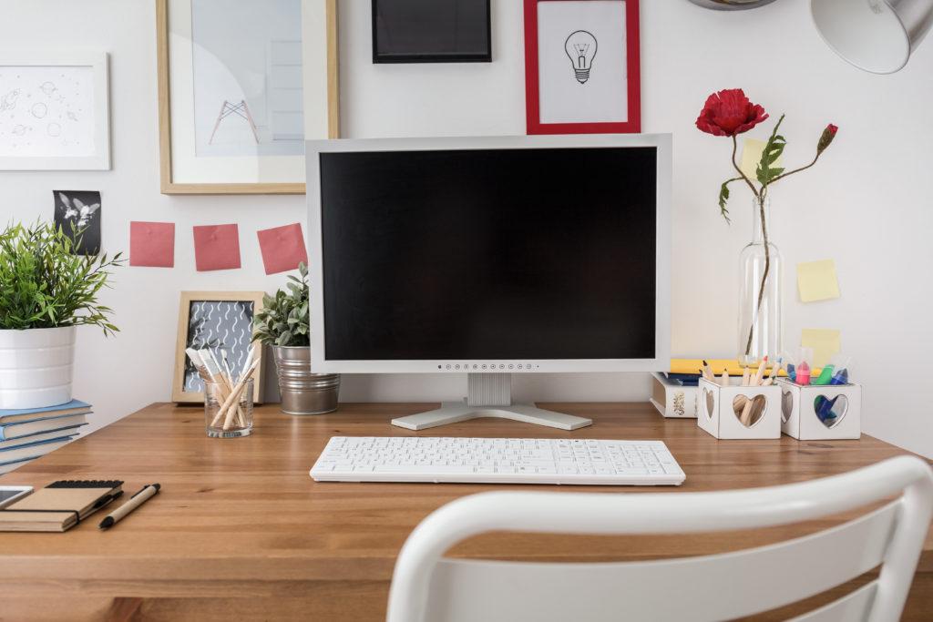 A Tidy & Inspiring Home Office