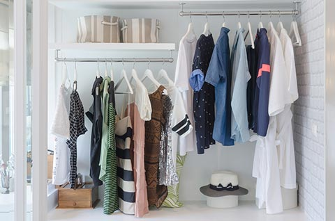 Oubliez la garde-robe fourre-tout et laissez place à la nouvelle saison