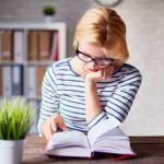 8 solutions géniales pour ranger vos livres