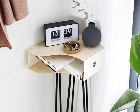 Solutions de rangement pour l'entrée: une console faite maison