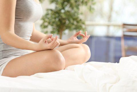 Transformez votre chambre d'amis en salle de yoga !