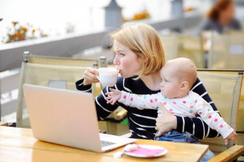 Comment s'occuper de la maison quand on est une maman qui travaille ?