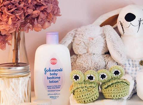 Hoe maak je een schattige babykamer peuterproof?