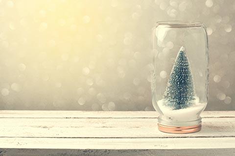 christmas-tree-in-mason-jar