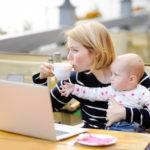 Werkende moeders en het huishouden