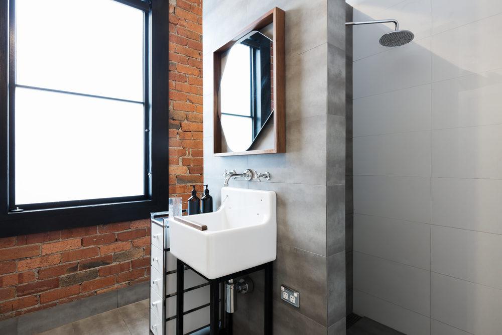 Onze favoriete opbergideeën voor een kleine badkamer