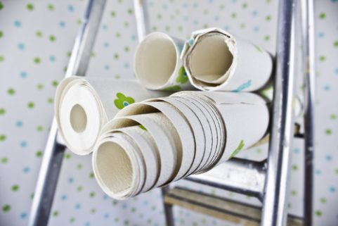 7 manieren om creatief te doen met restjes behang